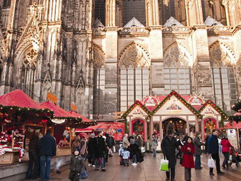 CHRISTMAS MARKETS OF THE RHINE VALLEY